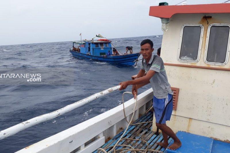 KM Sumber Anugerah berhasil di evakuasi