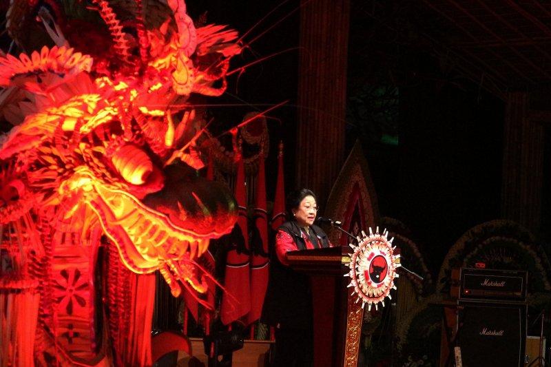 Mega beri isyarat kepada koalisi soal Puan Ketua DPR