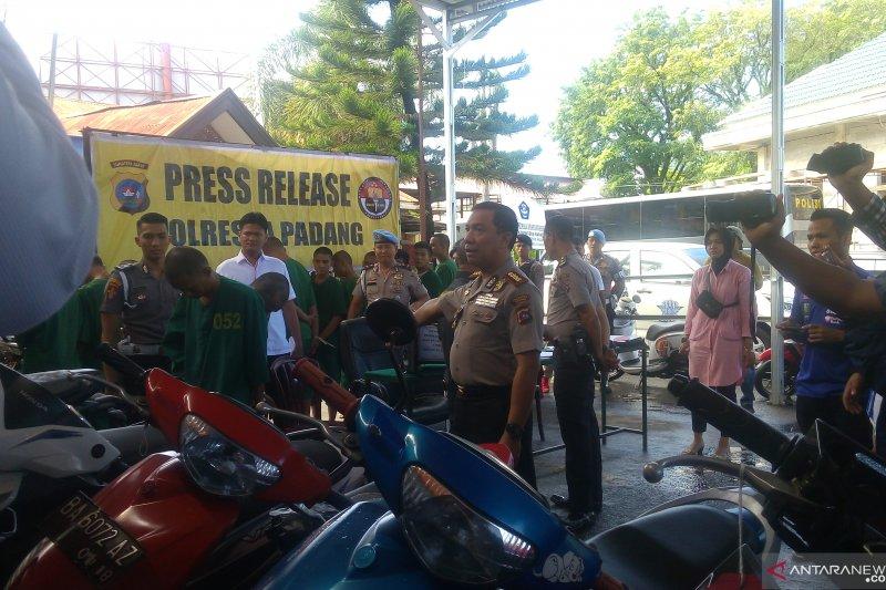 Dalam dua pekan, Polresta Padang ringkus 17 tersangka pencurian