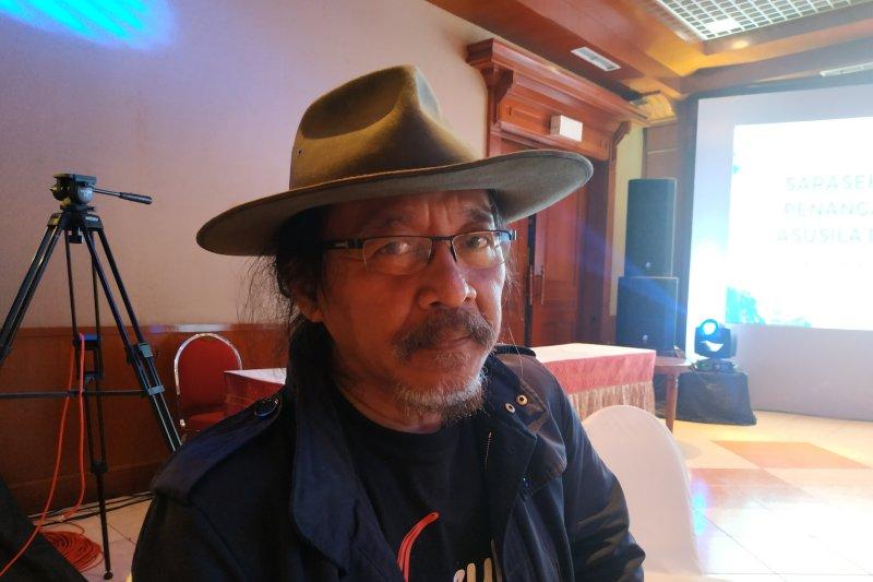 Sudjiwo Tejo terapkan kesadaran bertuhan mencegah pengaruh konten asusila