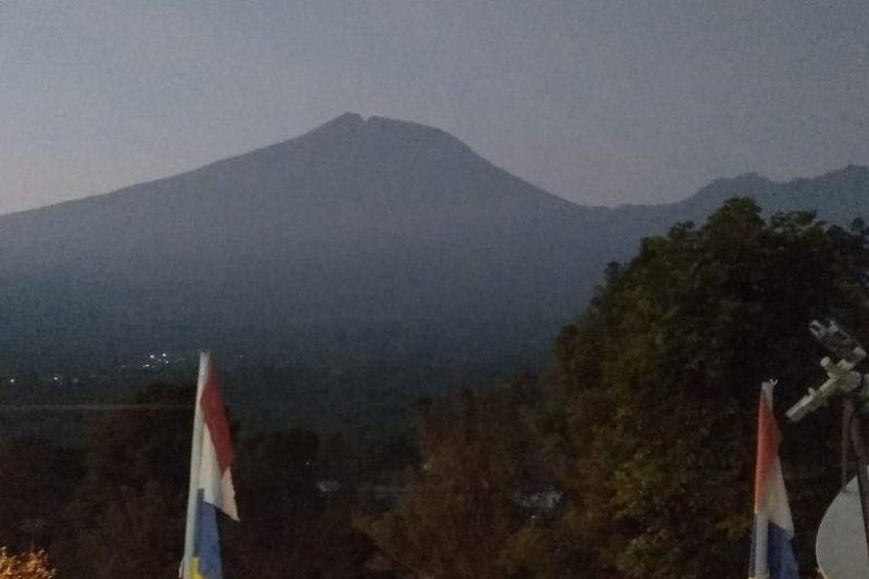 Peningkatan aktivitas Gunung Slamet tak pengaruhi kunjungan wisatwan