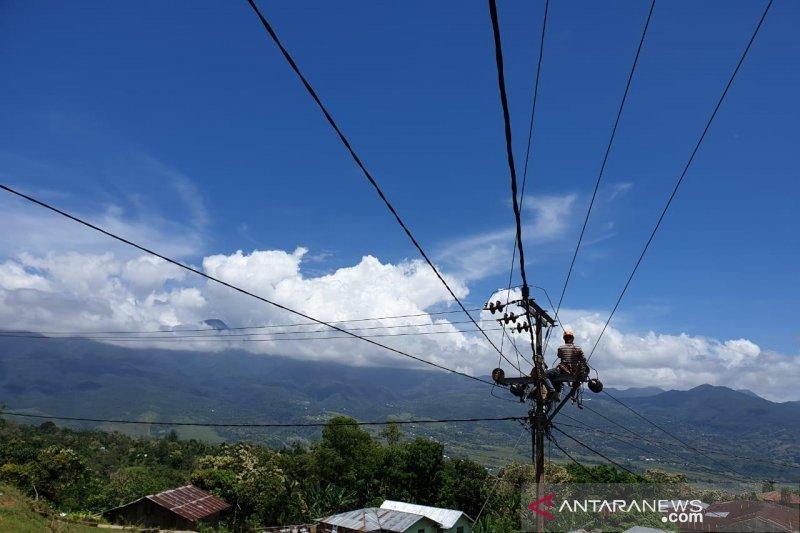 Artikel - Akankah semua rumah tangga di NTT dapat menikmati listrik?