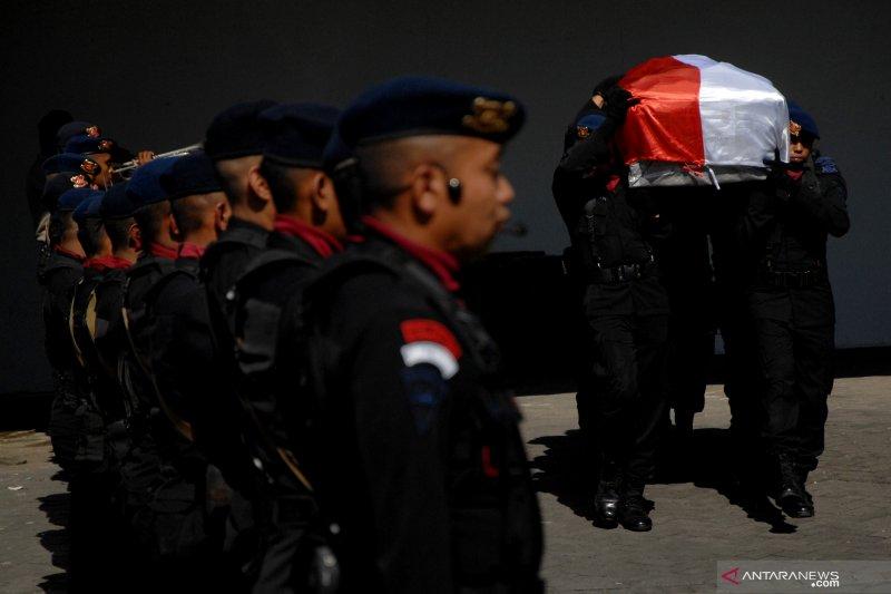 Saat polisi olah TKP pembunuhan Hedar, kelompok bersenjata kembali lakukan serangan