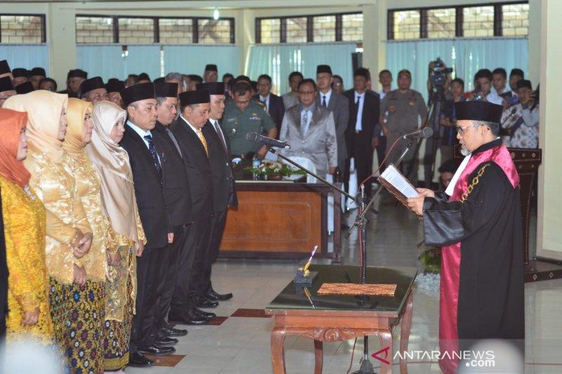 Sebanyak 45 Anggota DPRD Lombok Barat terpilih bersumpah