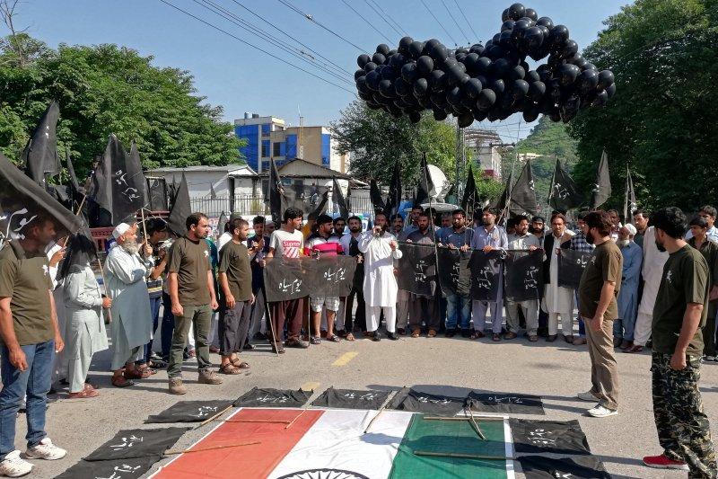 India berlakukan lagi pembatasan di Kashmir