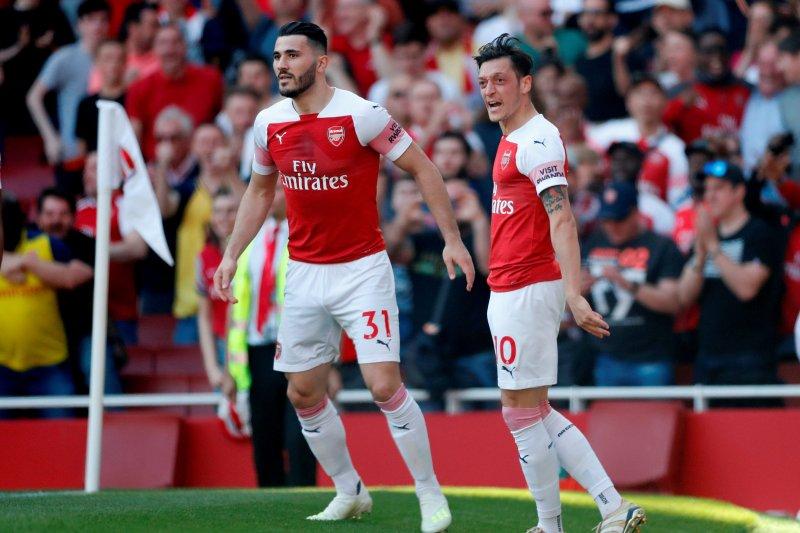 Arsenal turunkan Oezil dan Kolasinac saat menjamu Burnley