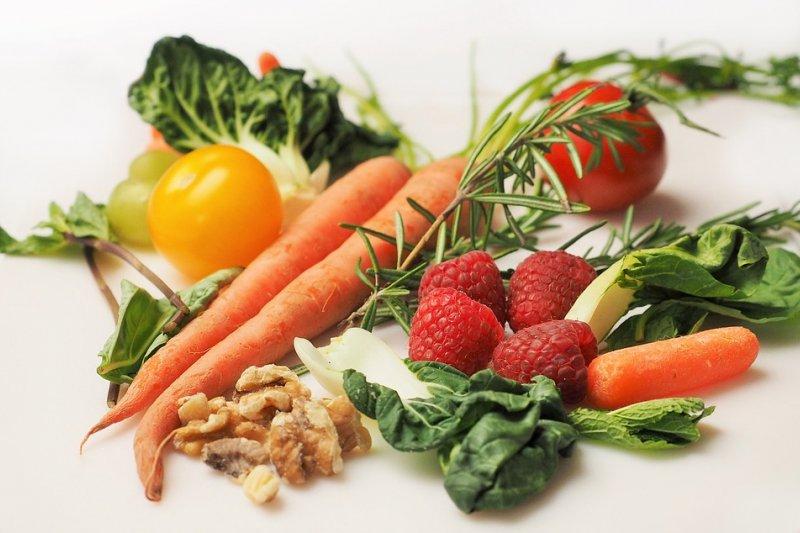 Deretan makanan sehat selama isolasi diri COVID-19