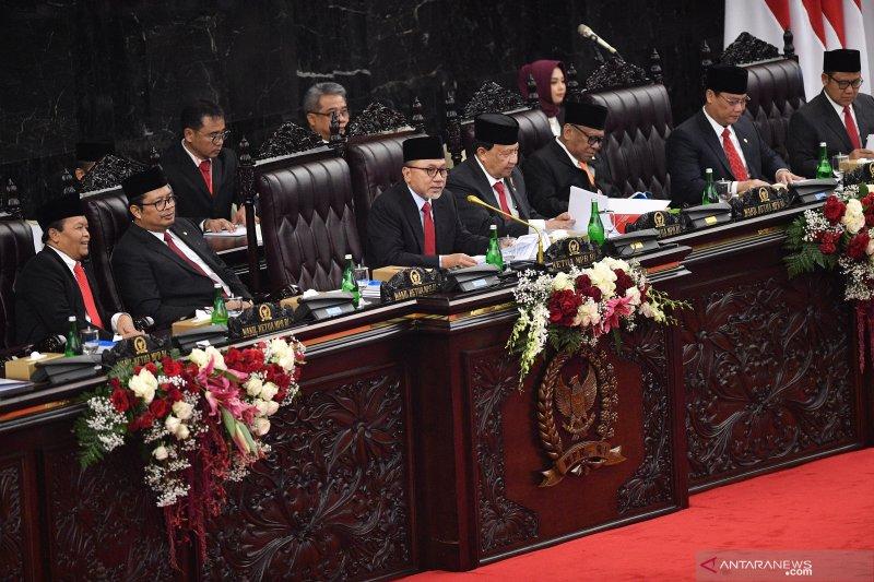 Jelang pelantikan MPR muncul wacana amendemen terbatas UUD 1945