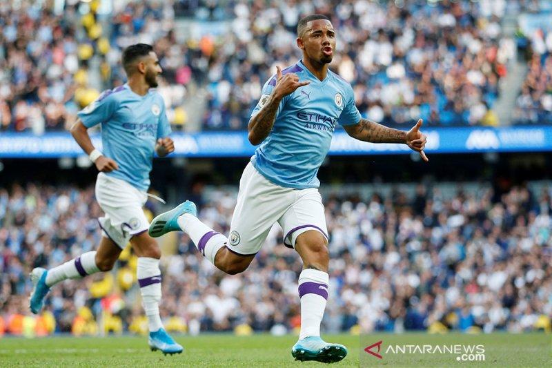 Manchester City diimbangi Tottenham 2-2