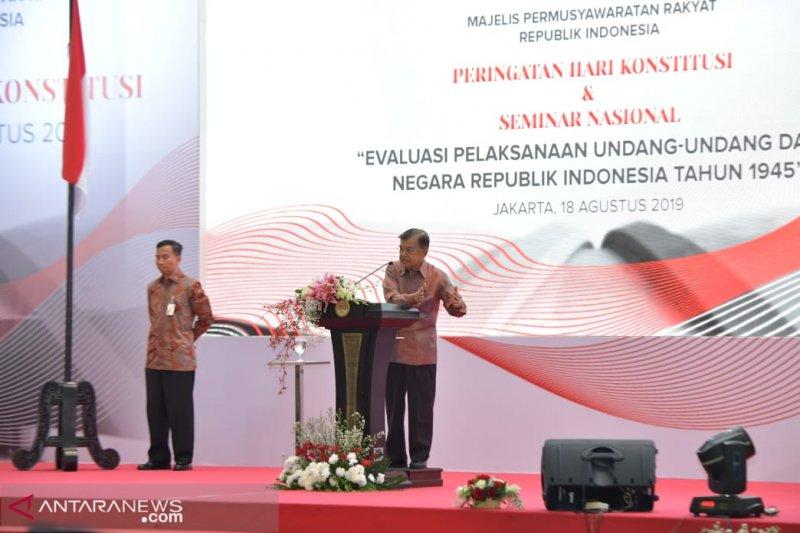 """Living Constitution"" bisa saja diterapkan di Indonesia, kata Wapres"