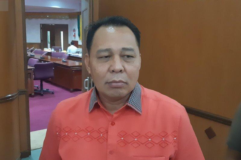 Pembahasan APBD-P, DPRD Riau kaji bansos senilai Rp4,4 miliar untuk rumah ibadah