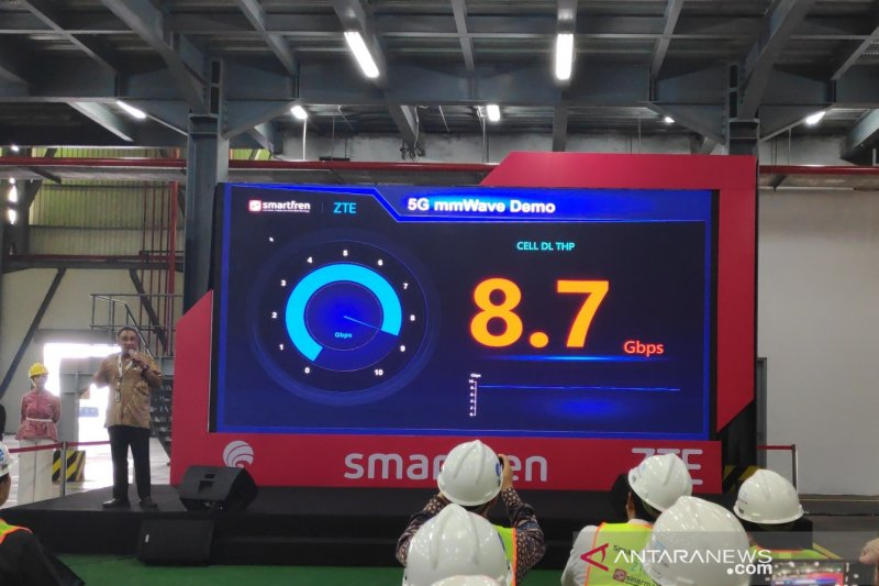 Smartfren uji coba jaringan 5G, kecepatannya tembus 8,7 Gbps