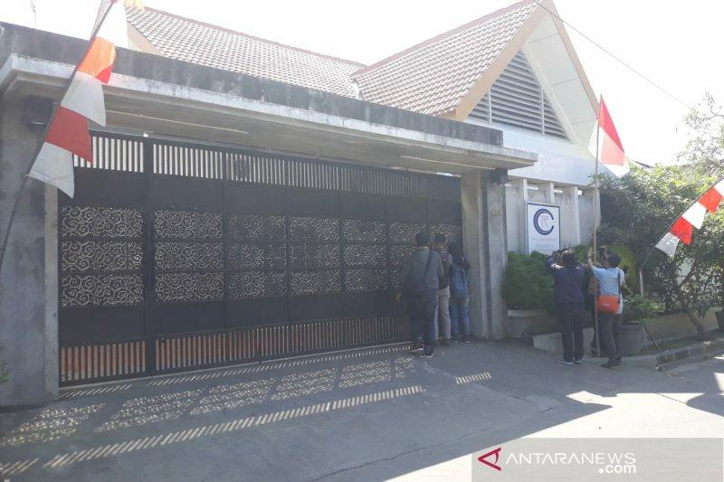KPK segel bangunan di Colomadu Karanganyar