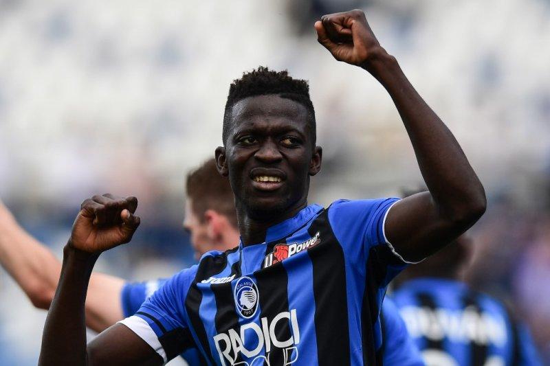 Cagliari lirik striker Atalanta