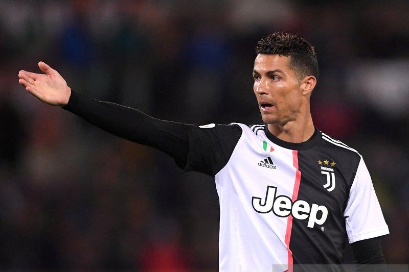 C. Ronaldo: sekarang, pemain mana pun bisa dihargai 100 juta euro
