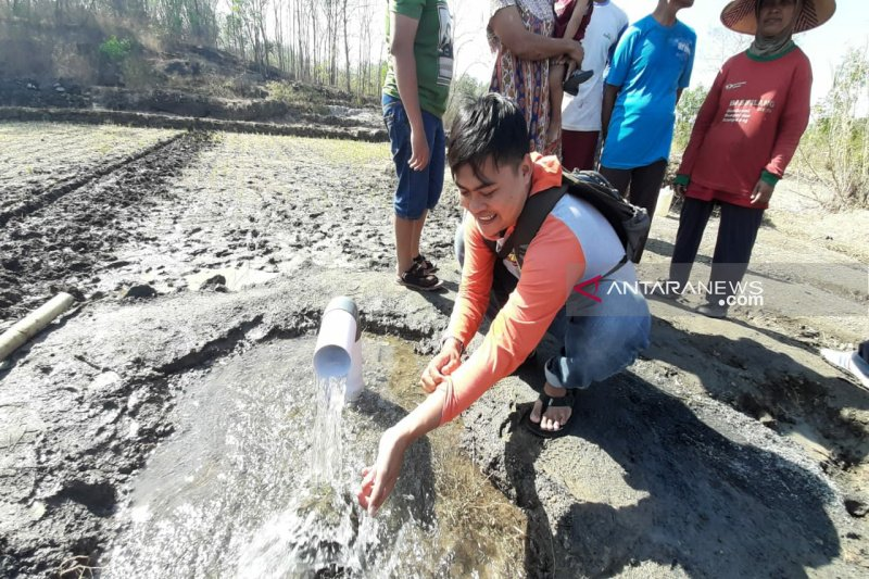 Warga di Gunung Kidul dikagetkan munculnya sumber mata air di Widoro Lor