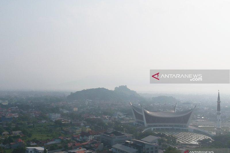 BMKG: Jarak pandang di Sumbar normal 10 kilometer, cuaca cerah berawan