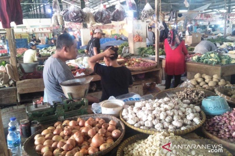 Harga cabai masih tinggi di Cianjur capai Rp75.000