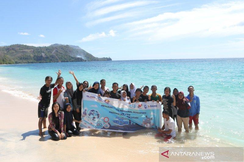 Peserta SMN Jawa Tengah  nikmati wisata laut Sulawesi Utara