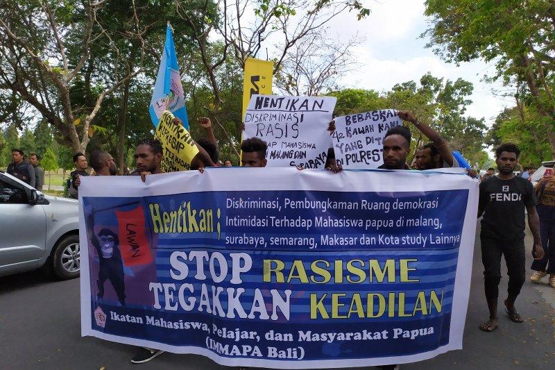 Puluhan mahasiswa Papua di Bali gelar demonstrasi damai