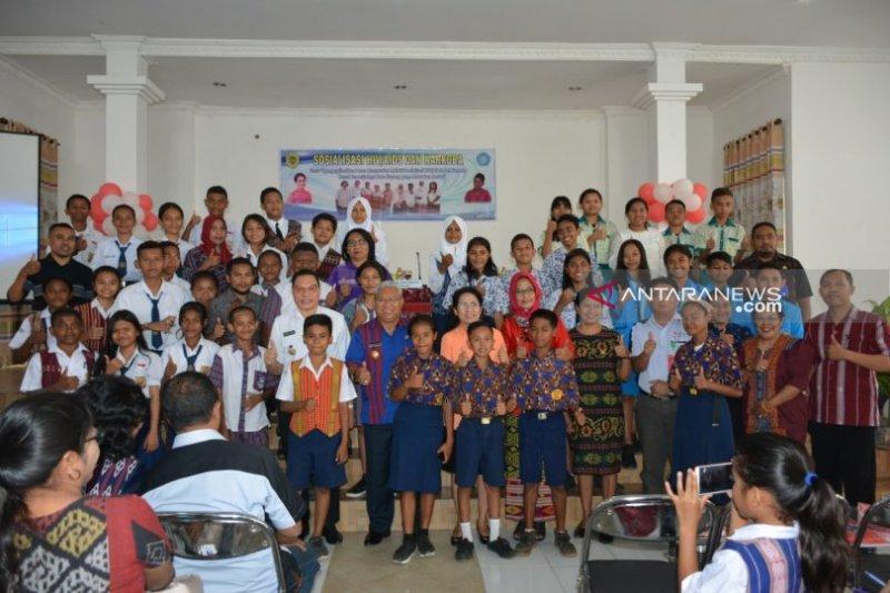 Sosialisasi tentang bahaya HIV/AIDS bagi pelajar di Kota Kupang
