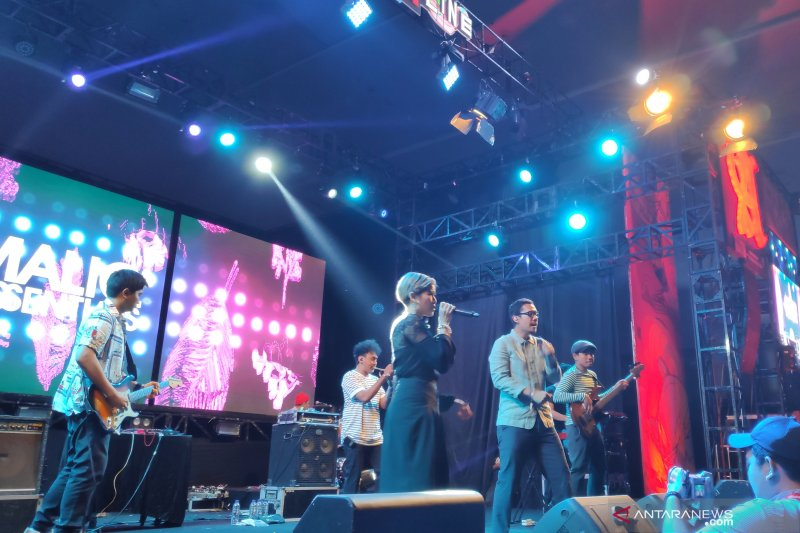 Maliq & D'Essentials jadikan soundrenaline promosi single baru