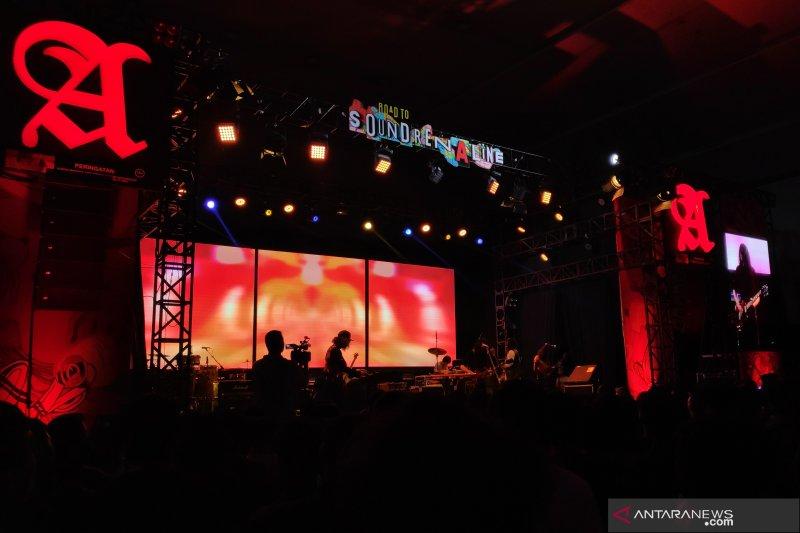 Road to Soundrenaline Surabaya digebrak The S.I.G.I.T