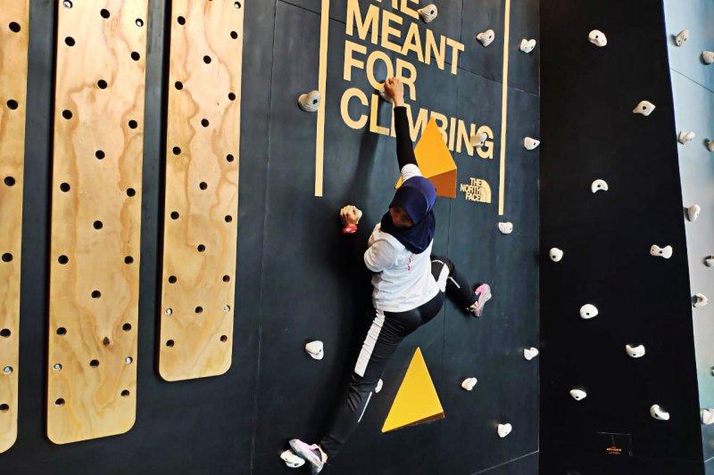 Puji Lestari ingin  populerkan Panjat tebing lewat global climbing day