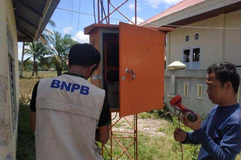 EWS tsunami di pesisir Gunung Kidul rusak parah akibat badai