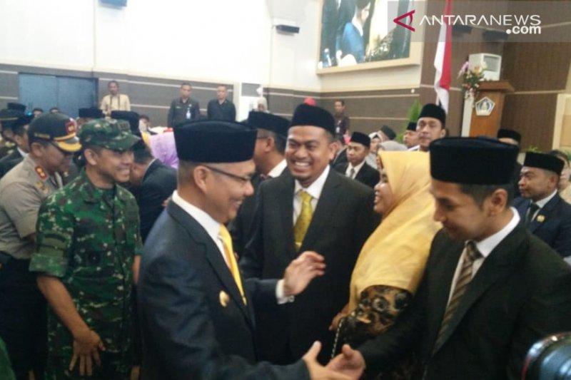 Resmi dilantik, 35 anggota DPRD  Kendari terpilih