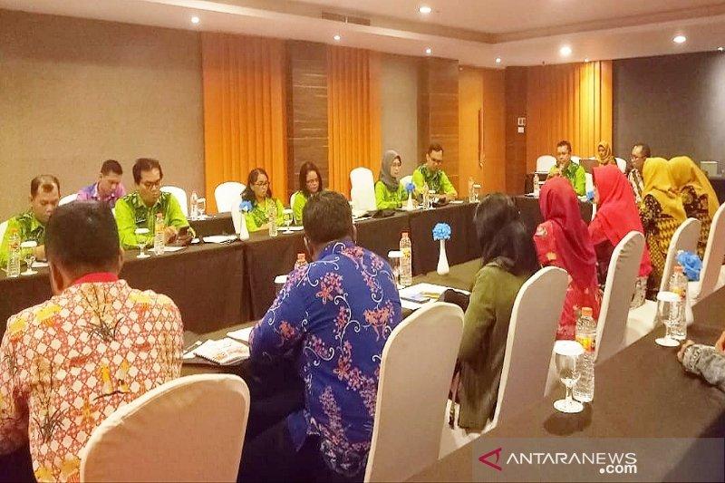 Pemkab Kotim kaji tawaran kerjasama pembangunan pertambangan skala kecil