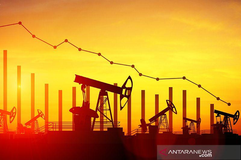Harga minyak dunia berakhir datar ketika produksi serpih AS diperkirakan melambat