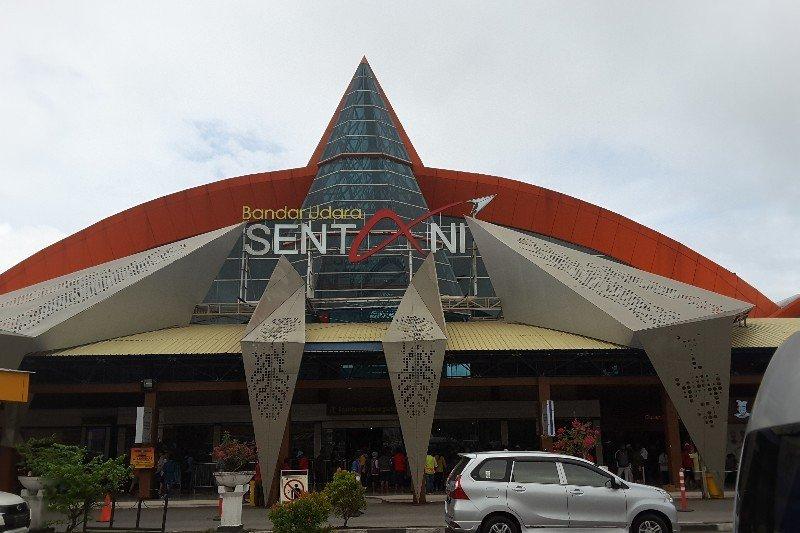 Papua Terkini - Penumpang pesawat di Bandara Sentani melonjak 10 persen
