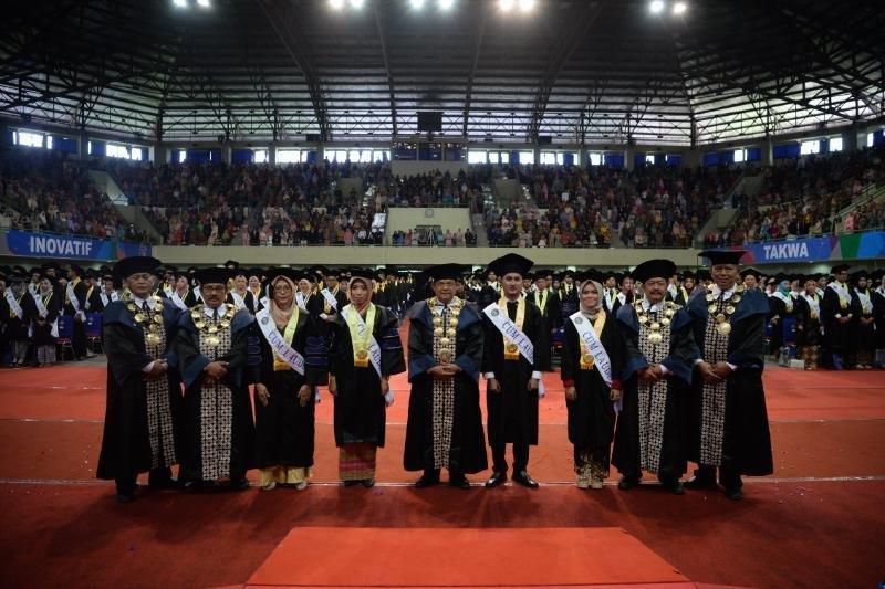 Rektor UNY: lulusan perguruan tinggi harus miliki kecerdasan sosial