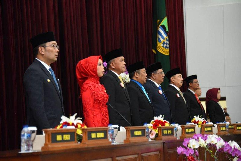 Ridwan Kamil ucapkan selamat kepada Anggota DPRD Jabar baru
