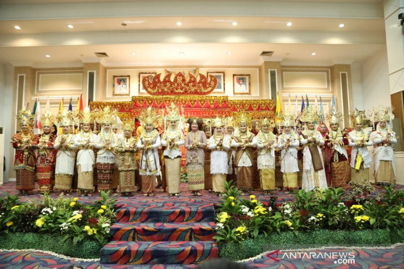 Ketua Dekranasda: Mari lestarikan budaya Lampung