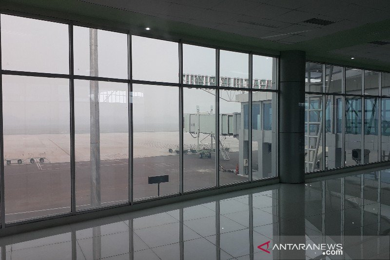 Akibat kabut asap pesawat tak bisa mendarat di Bandara Tjilik Riwut