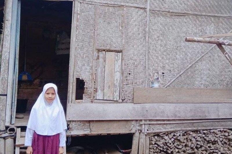 Bantu yatim piatu bersaudara untuk tinggal di rumah layak huni