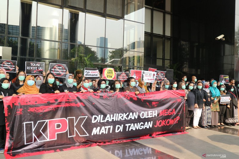 DPR justru tak ingin KPK dilemahkan