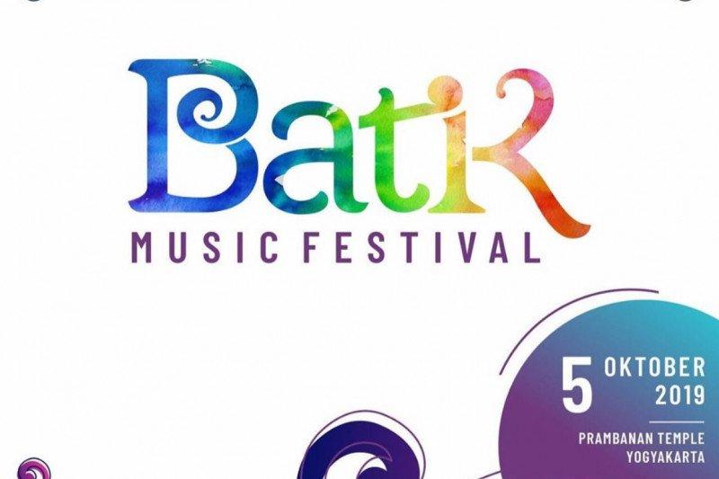 David Foster dan Yovie Widianto adu kemampuan pada Batik Music Festival