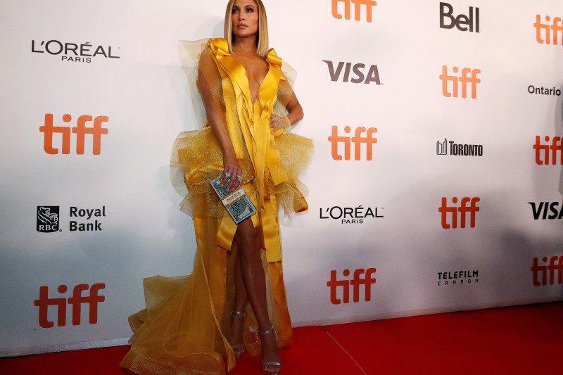 "Fillm Jennifer Lopez ""Hustlers"" dilarang di Malaysia"