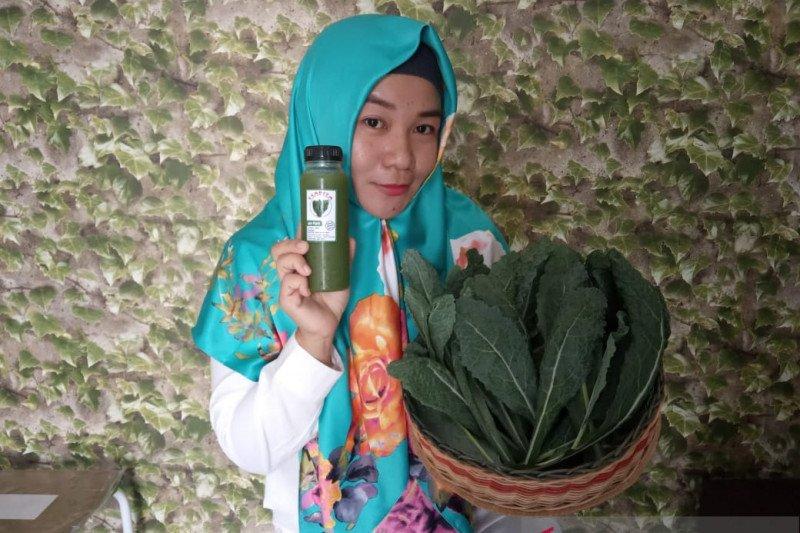Lia kembangkan bisnis jus sayuran di Pontianak