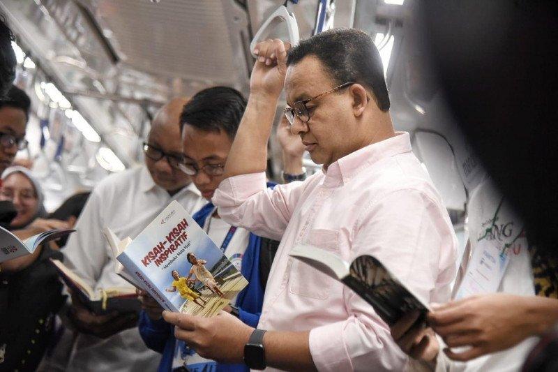 Ingin warganya gemar membaca, Anies luncurkan #RuangBacaJakarta