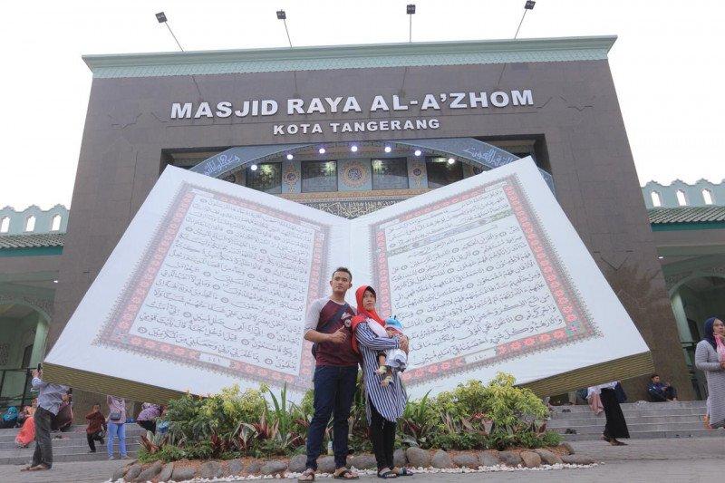 Festival Al Azhom ke-8 tampilkan Al Quran Raksasa