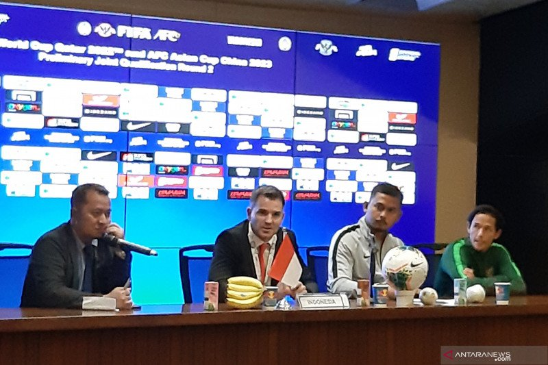 Simon McMenemy merasa frustrasi timnas Indonesia kalah dari Thailand