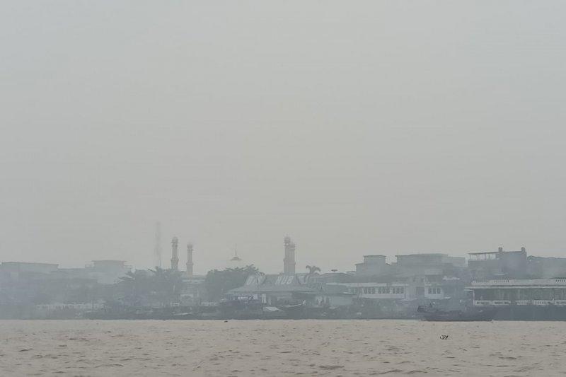 Karhutla Riau - DLHK Pekanbaru umumkan udara Pekanbaru tidak sehat