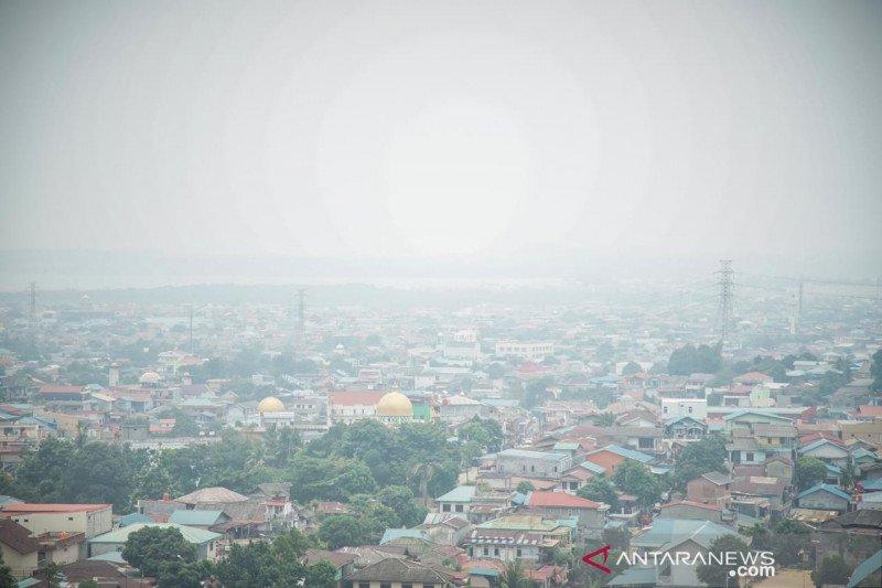 Kabut asap semakin tebal di Kota Batam