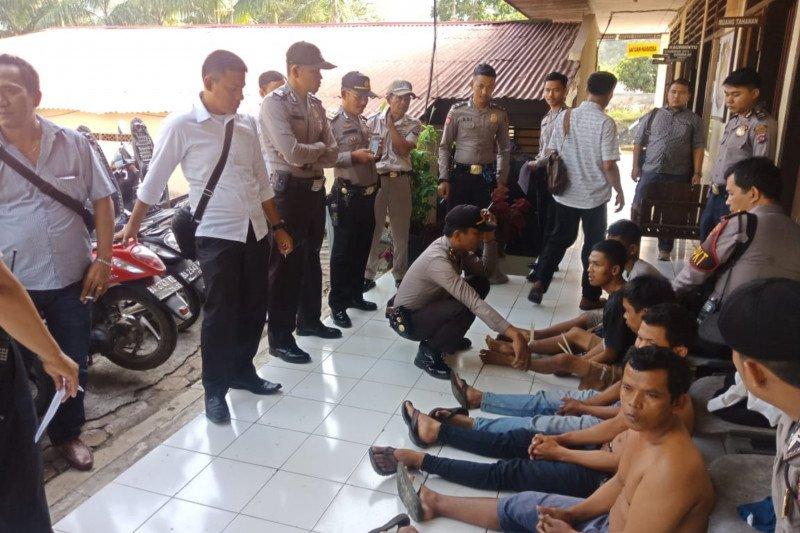 Buru komplotan pencuri motor hingga ke Riau, Polres Tanah Datar ciduk lima pelaku dan amankan sembilan motor