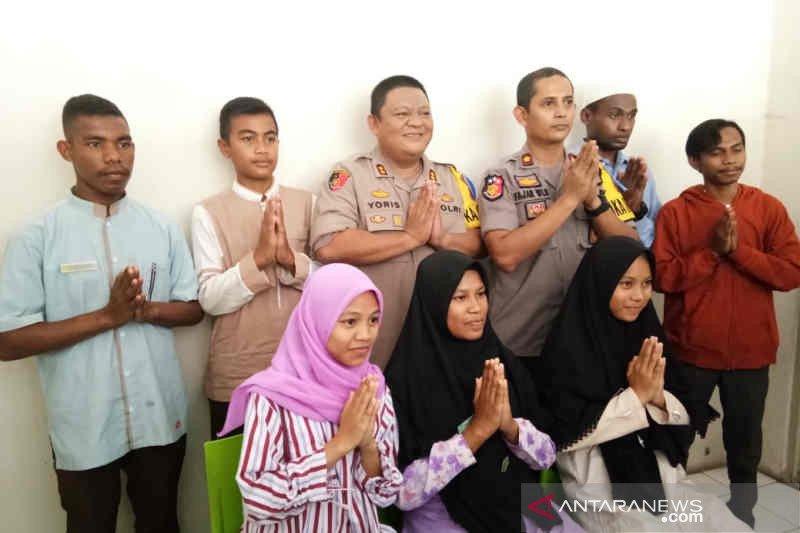 """Polres Indramayu terapkan sistem """"anak asuh"""" bagi pelajar Papua"""