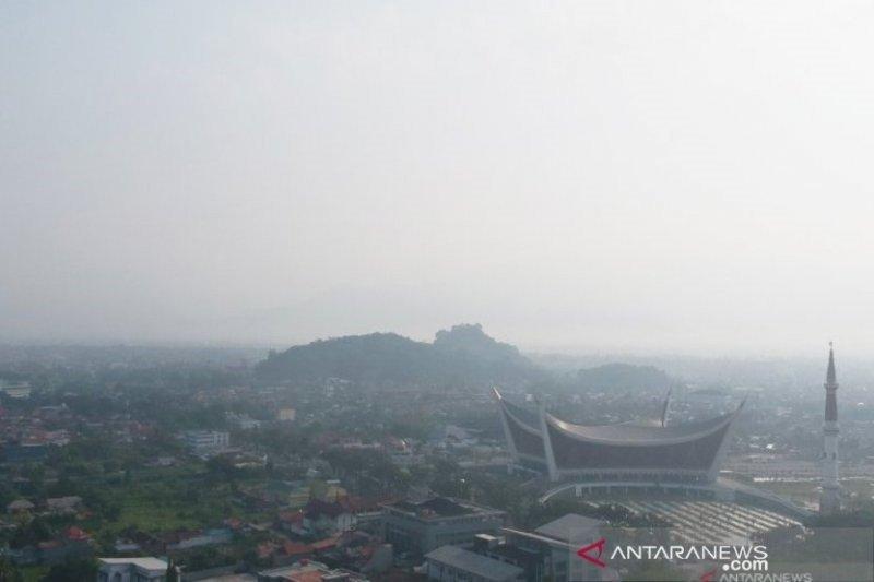 Suhu dingin serang Padang, ini kata BMKG